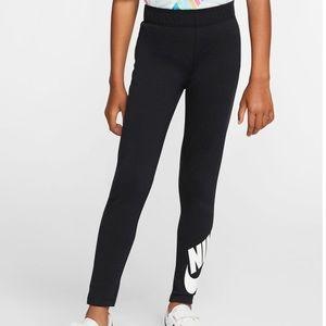Nike Big Girl's NSW Logo Leggings, Sz M NWT